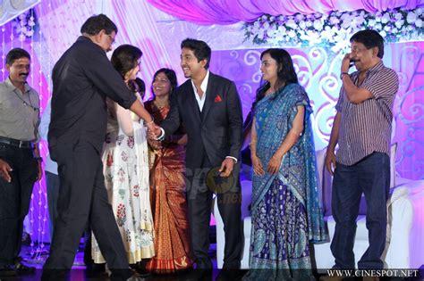 vineeth sreenivasan marriage reception (10)