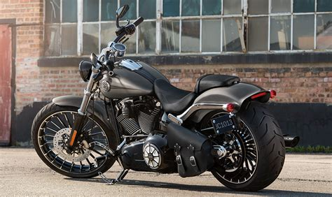 Harley Davidson 2 Time 1 harley davidson launches cvo limited breakout and glide special in india price feature