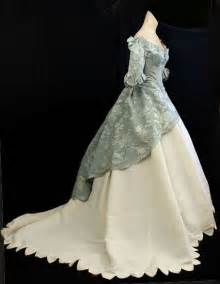 Victorian clothing at vintage textile 2056 civil war ball gown