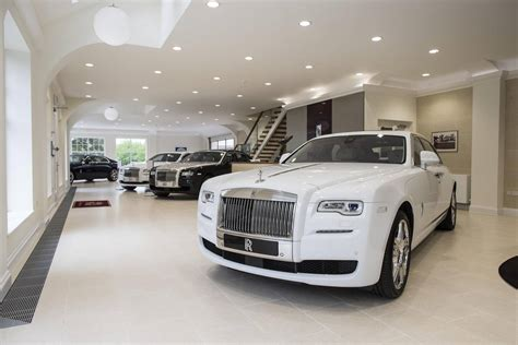roll royce london rolls royce london opens new state of the art showroom