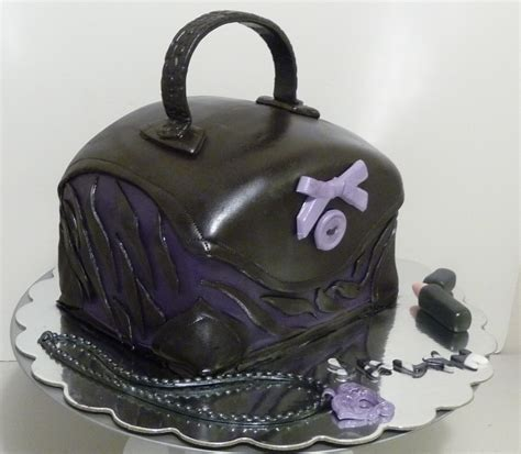 Picture suggestion for Zebra Purse Cakes