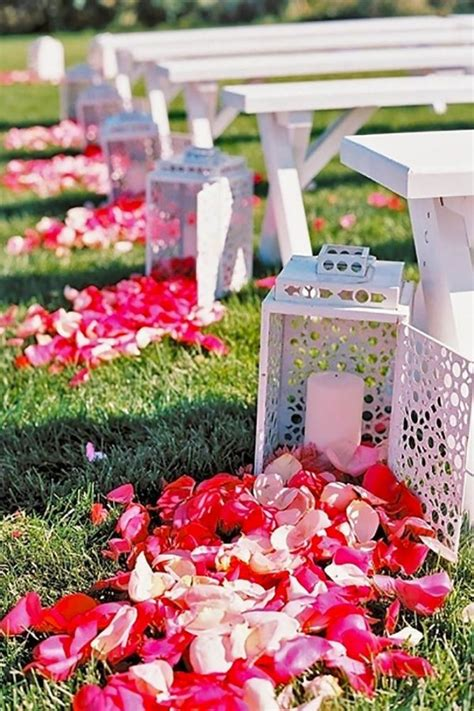 Wedding Aisle Lantern Ideas by 29 Awesome Wedding Aisle Decorations For Fall Wedding