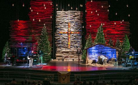 best xmas stage decoration pallet skyscrapers church stage design ideas