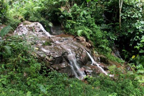 Menyebrangi Sungai Air Mata kebutuhan utama masyarakat trenggalek itu sumber mata air bukan tambang emas bagian 3
