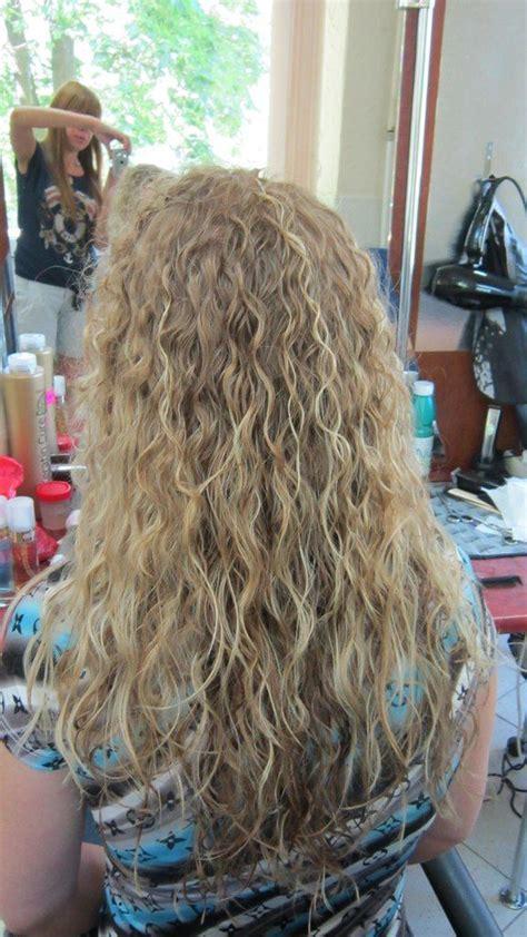 spiral perm long thin hair long spiral perm hair cuts pinterest