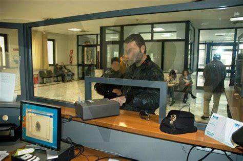 questura di catanzaro ufficio passaporti ndrangheta dda indaga su ufficio passaporti questura vibo