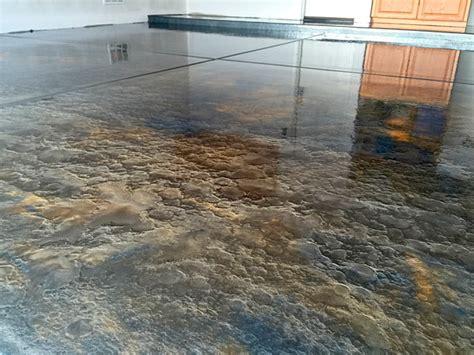 metallic epoxy floors   install control  manipulate  concrete decor