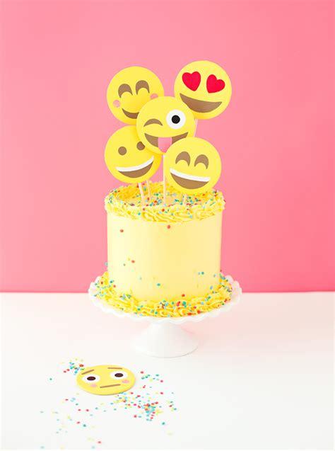 emoji birthday cake emoji party cake a subtle revelry