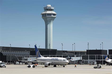 united airlines american airlines chicago is becoming the center of the growing conflict