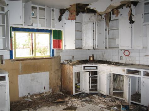 Apartment Clean Out Rental Property Landlord Nightmare Stories Facing A Nightmare Tenant