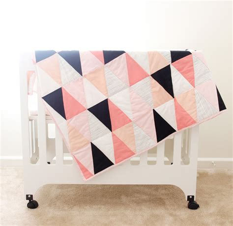 pattern for triangle baby quilt free modern quilt patterns wow i like that