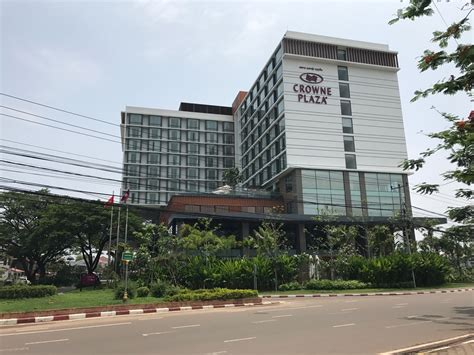 crowne plaza review crowne plaza vientiane laos live and let s fly