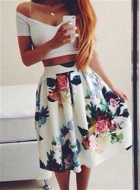 18465 White Flower Denim Skirt 20 styles to wear crop tops and skirts for summer pretty
