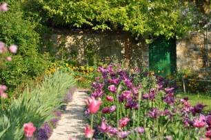 giverny monet s flower garden