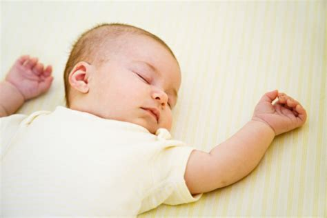 How To Get An Infant To Sleep In Crib by Prevent Sids Keep Your Sleeping Baby Safe Health Enews