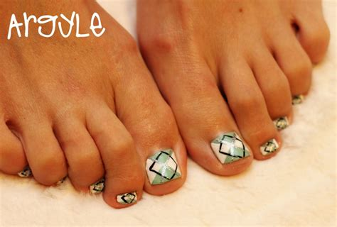 toenail pedicure designs how you can do it at home