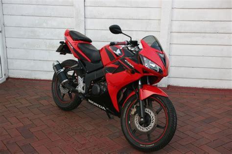 125ccm Motorrad Einfahren by Habe Ca 2000 Zur Verf 252 Gung Welches 125 Ccm Motorrad