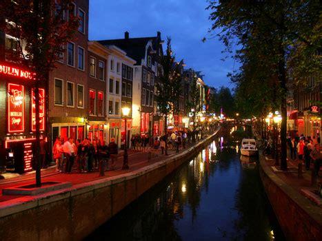 aruba light district visiting the light district amsterdam