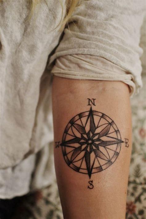 Para Inspirar Tatuagens De B 250 Ssola Follow The Colours Tatto Bussola