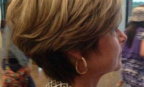 picyures of back stacked shorter and sides angled at chin cool exactly how i want my next haircut angled sides to