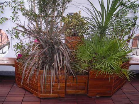fioriere in legno fai da te fioriere da esterno vasi e fioriere fioriere per