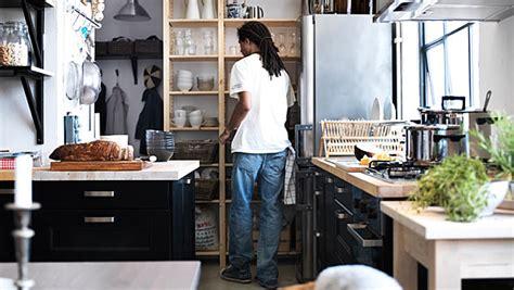 ikea kitchen design for a small space pisos peque 241 os apartamentos peque 241 os ikea