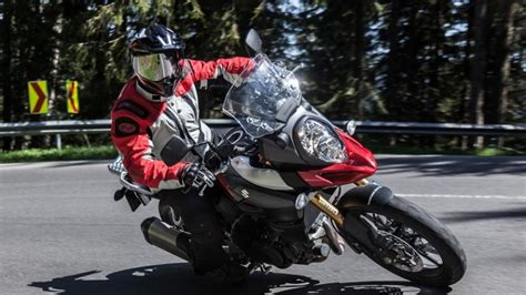 Motorrad Versichern Mit 16 by Motorrad Versicherung Jetzt Anbieter Vergleichen Und