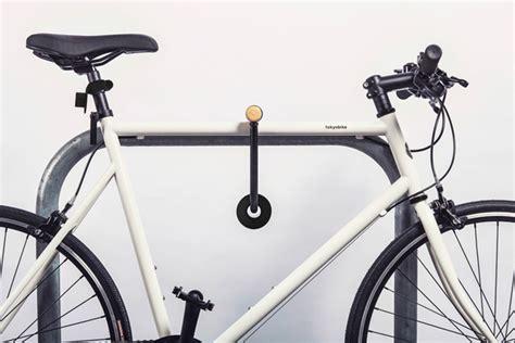 designboom kickstarter double o bike light by paul cocksedge studio