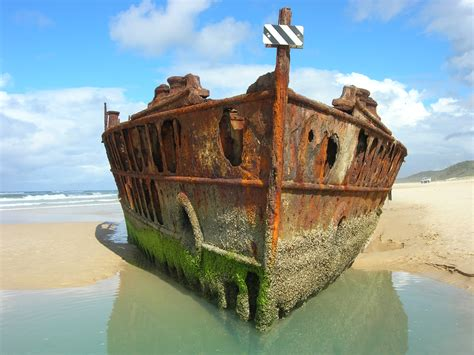 party boat hire redcliffe take your little pirate in search of shipwrecks in