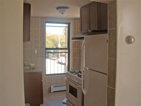 east  york  bedroom apartment  rent brooklyn crg