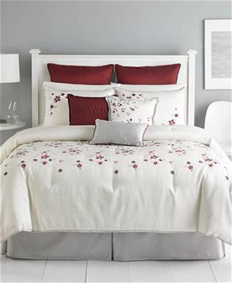 martha stewart 9 piece comforter set martha stewart collection cranberry blossom 9 piece