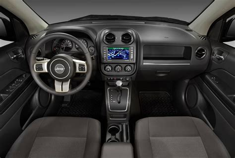 jeep compass interior 2014 jeep compass latitude interior www imgkid com the