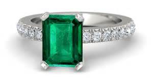 emerald engagement rings find yours