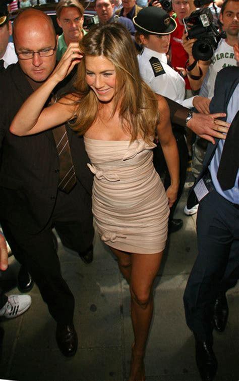 Aniston Expected 2 by Elenddoyl Aniston En Harrods