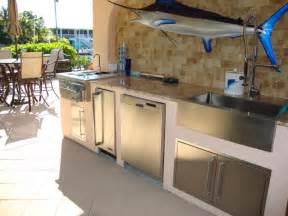 Tropical Outdoor Kitchen Designs Outdoor Kitchen Grill Traditional Kitchen Miami By Tropical Designs