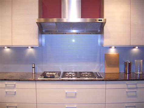 glass backsplash for kitchen design