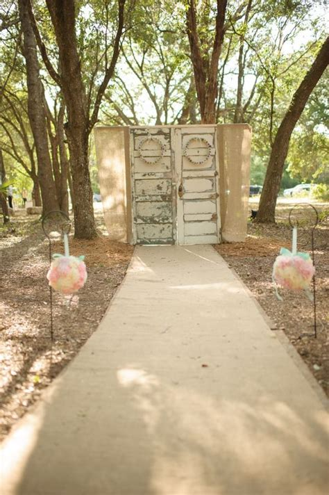 Wedding Backdrop With Doors by 14 Most Beautiful Ceremony Backdrops Using Doors