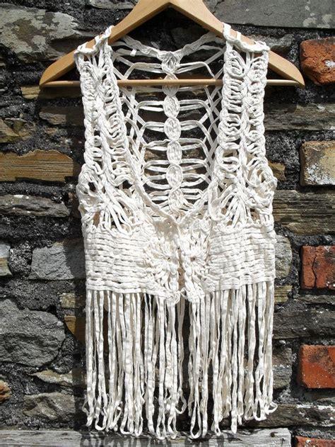 70s Macrame - vintage 70s crochet macrame loop fringe fringed