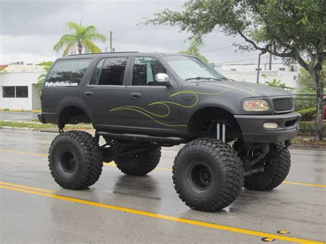 monster truck video for 1997 ford expedition xlt for sale