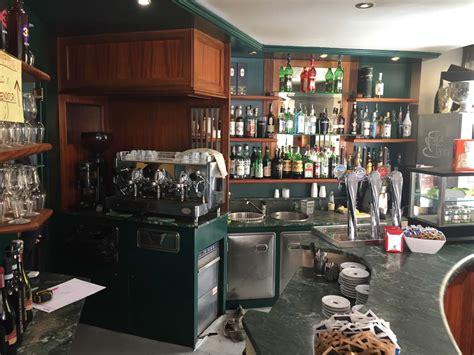 Come Arredare Casa Con Pochi Soldi by Come Arredare Un Bar Con Pochi Soldi