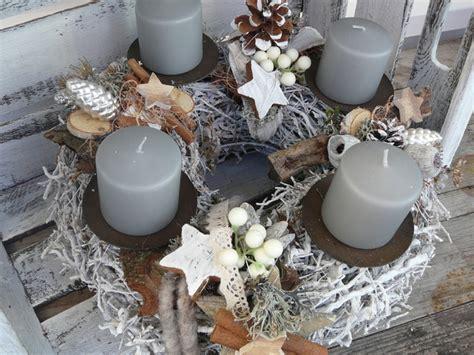 stylische weihnachtsdeko adventskranz adventskranz grau braun wei 223 ein