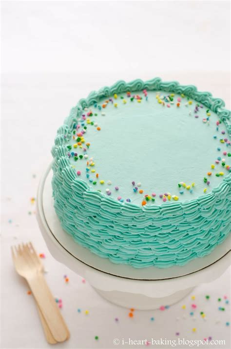 easy cake decorating at home 17 best ideas about simple cake decorating on pinterest