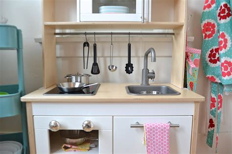 smart wise space utilization for very small kitchens