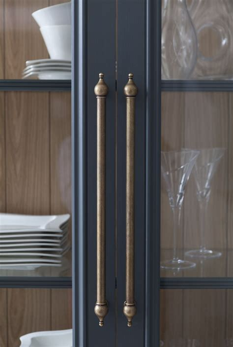Kitchen Cabinet Hardware Ideas Pulls Or Knobs by 25 Best Ideas About Brass Cabinet Hardware On Pinterest