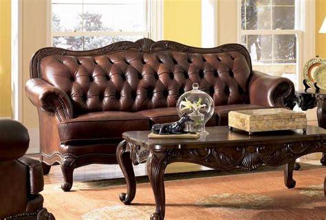 Leather Sofas With Wood Trim Elizabeth Traditional Leather Sofa With Wood Trim Ebay