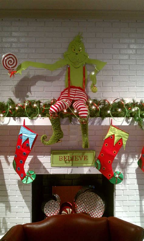 grinch christmas mantle christmas mantels pinterest