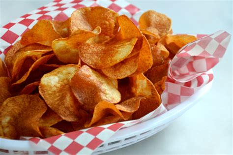 Handmade Crisps - potato chip how to the kitchenthusiast