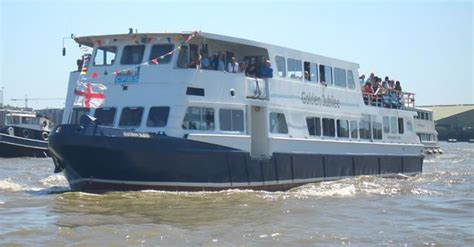 river thames boat hire party party boat hire river thames london capital pleasure boats