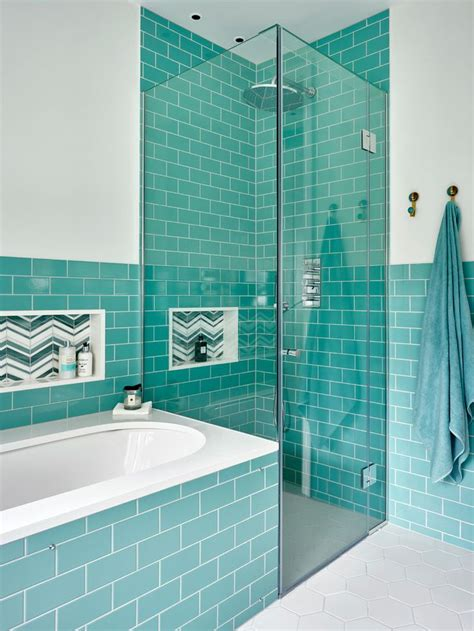 turquoise tile bathroom best 20 turquoise bathroom ideas on pinterest