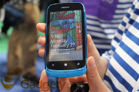 themes nokia lumia 610 הצצה ראשונה nokia lumia 610 הראשון עם windows phone tango